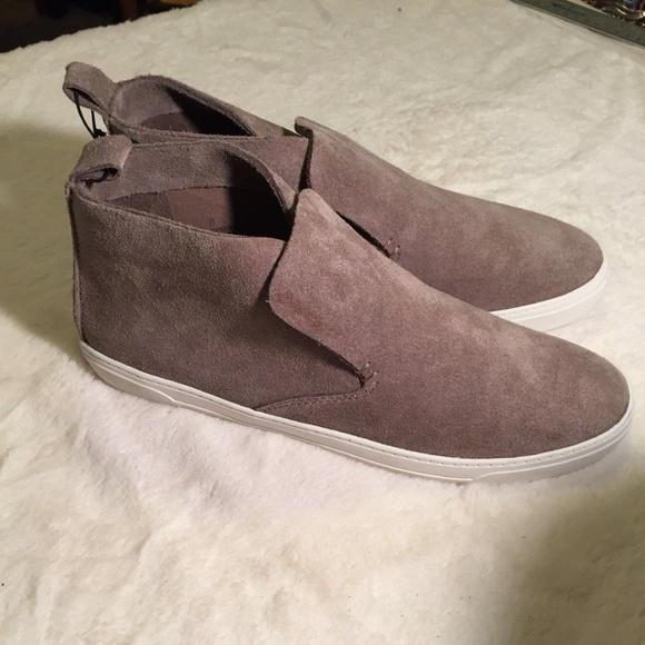 Nwot Dolce Vita Xandie Sneaker Gray